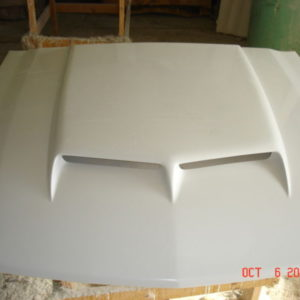 Fiberglass-RAM-AIR-Bolt-on-Mustang-Hood-05-09-0